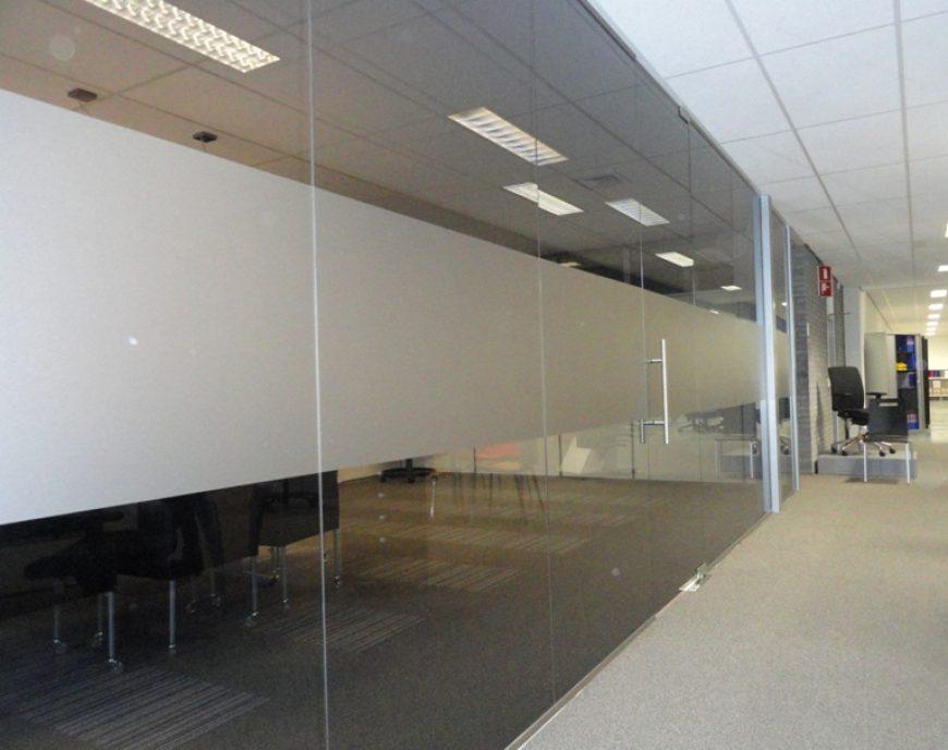 Glasmontage Bremer Kantoorcentrum Drachten